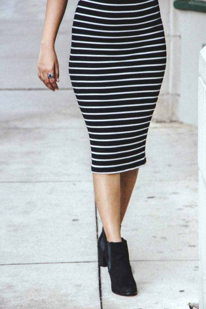 striped bodycon midi dress black chelsea boots